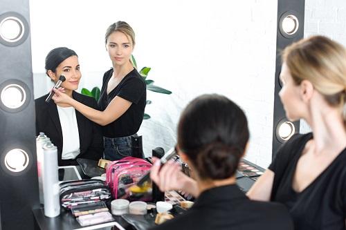 Suivre une formation de maquillage professionnel à Paris